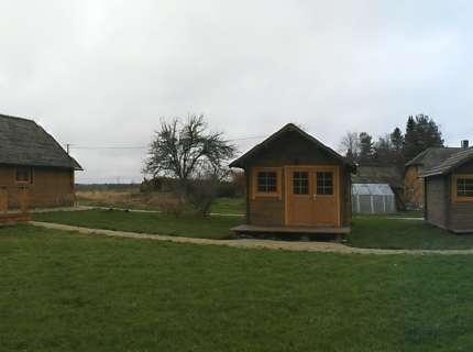 Kämpingud, telgi-, haagissuvila-ja karavaniplatsid